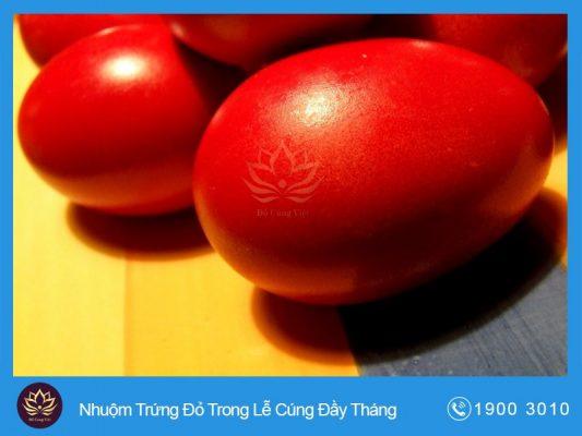 Tục Nhuộm Trứng Đỏ Trong Lễ Cúng Đầy Tháng Của Người Hoa