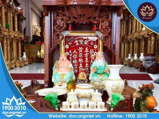 Bài trí bàn thờ hai vị Thần