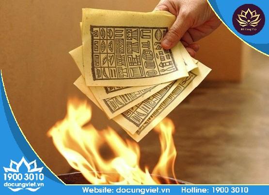 hóa tiền vàng giấy cúng