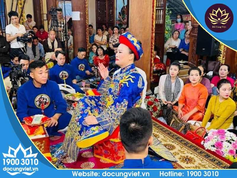Lễ hội Mẫu Cửu Trung Thiên