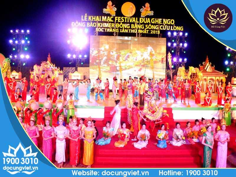 Lễ hội Ok-Om-Bok của người Khmer Nam Bộ